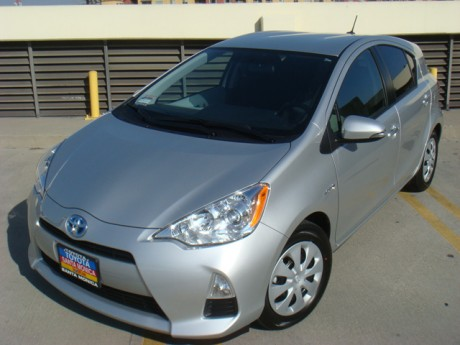 Toyota Prius c: Purchase and First Impressions