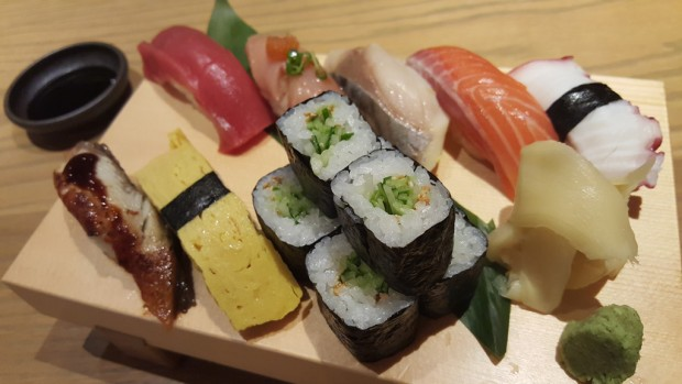 gazen assortment nigiri